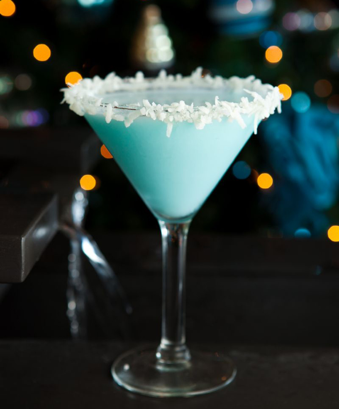 Chocolate Snowball Martini - Christmas drinks