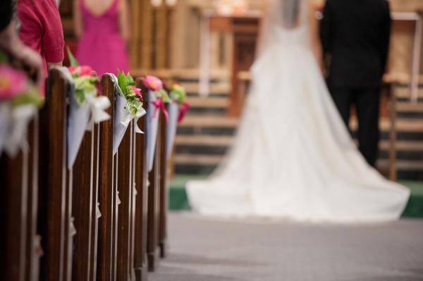 wedding pew cone DIY