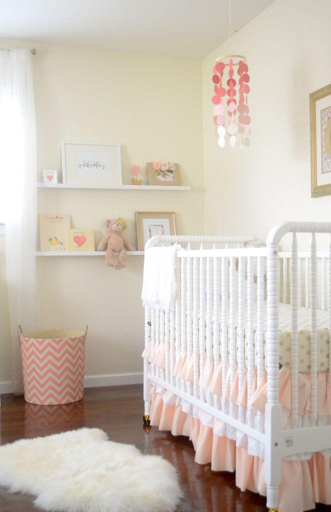 Jenny Lind Spool Crib