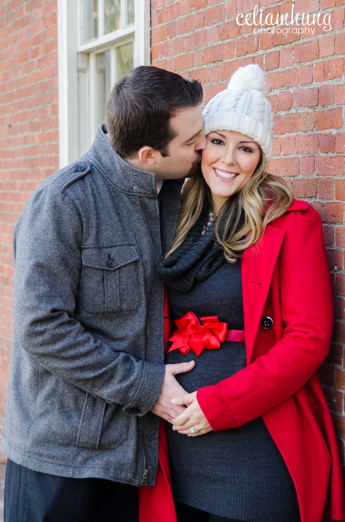 christmas maternity pictures - Christmas Maternity
